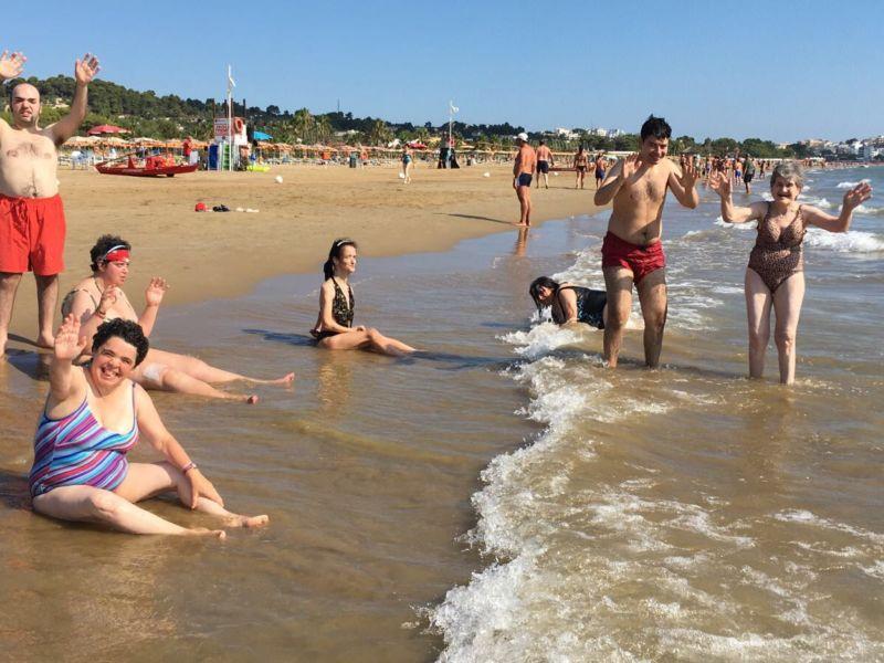 Al mare con la Turati